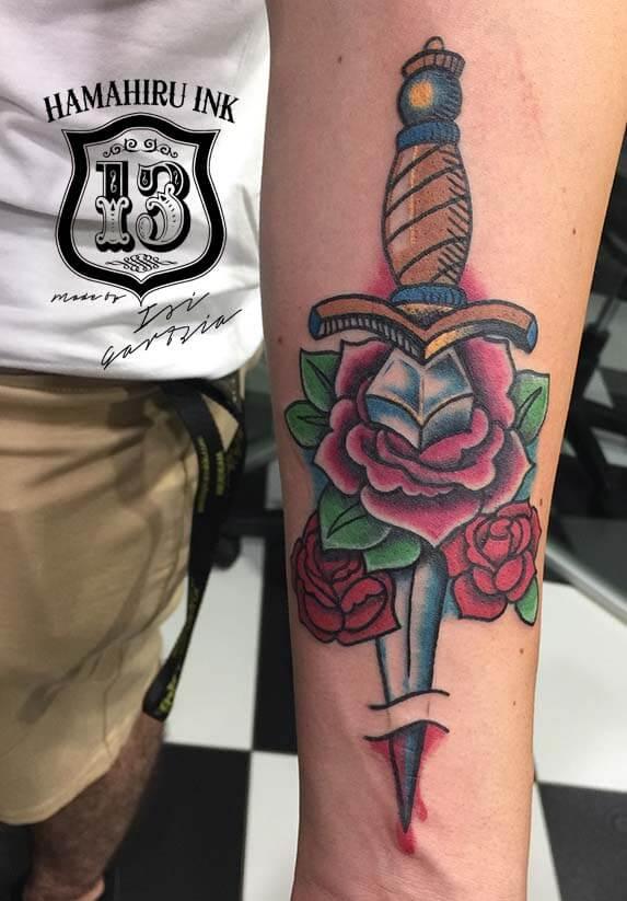 Puñal-Tattoo-Hamahiru-13-Ink-Tattoo-Piercing