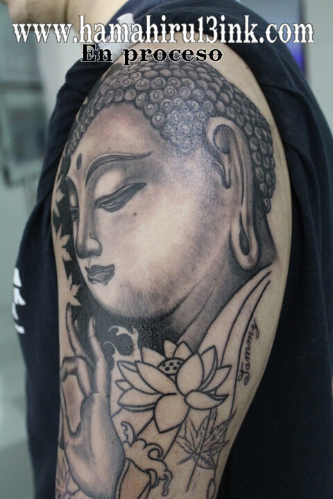 Tatuaje Buda Hamahiru 13 Ink Tattoo & Piercing