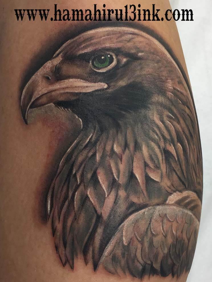 Tatuaje aguila Hamahiru 13 Ink Tattoo & Piercing