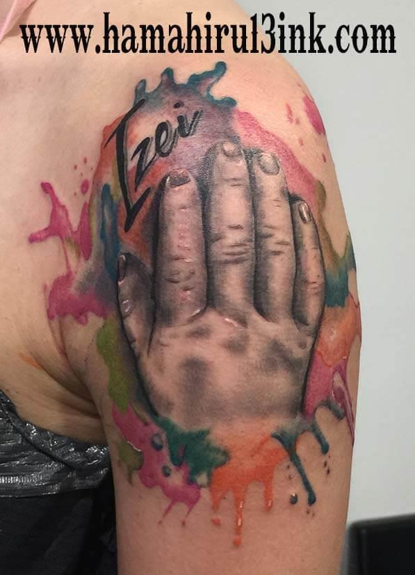 Tatuaje watercolor Hamahiru 13 Ink Tattoo & Piercing