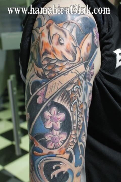 Tatuaje Carpa Koi Hamahiru 13 Ink Tattoo & Piercing