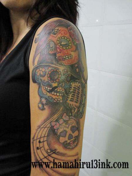 Tatuaje Calaveras Hamahiru 13 Ink Tattoo & Piercing