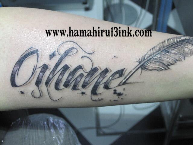 Tatuaje Letras Hamahiru 13 Ink Tattoo & Piercing