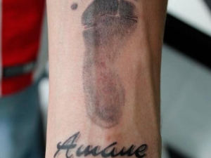 Tatuaje Pie Bebe Hamahiru 13 Ink Tattoo & Piercing