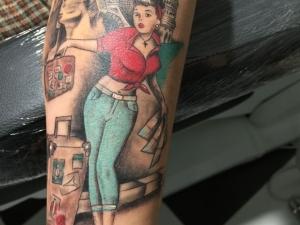 Tatuaje Pin Up Hamahiru 13 Ink Tattoo & Piercing