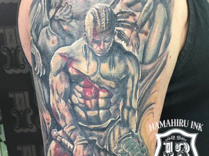 Tatuaje guerrero Hamahiru 13 Ink Tattoo & Piercing
