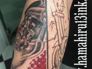 Tatuaje vmax Hamahiru 13 Ink Tattoo & Piercing