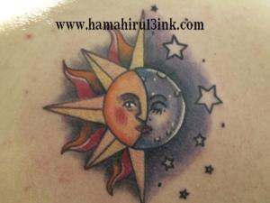 Tatuaje sol y luna en color en la espalda Tattoo & PiercingHamahiru 13 Ink Tattoo & Piercing