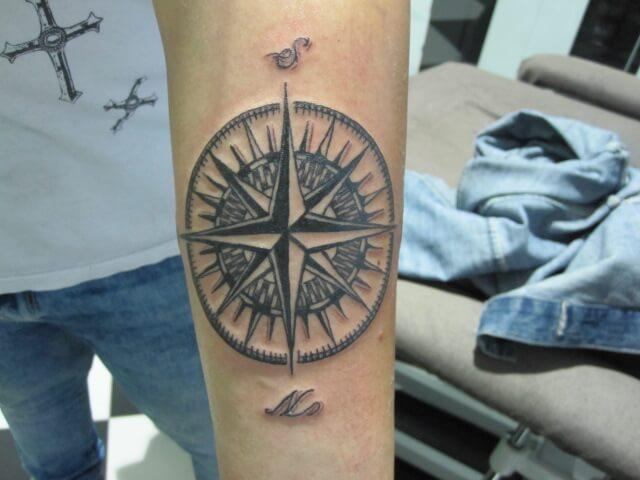Tatuajes De Brujulas Significado Hamahiru Ink Estudio De